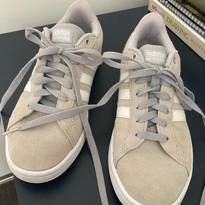 Unisex cloud foam adidas sneakers